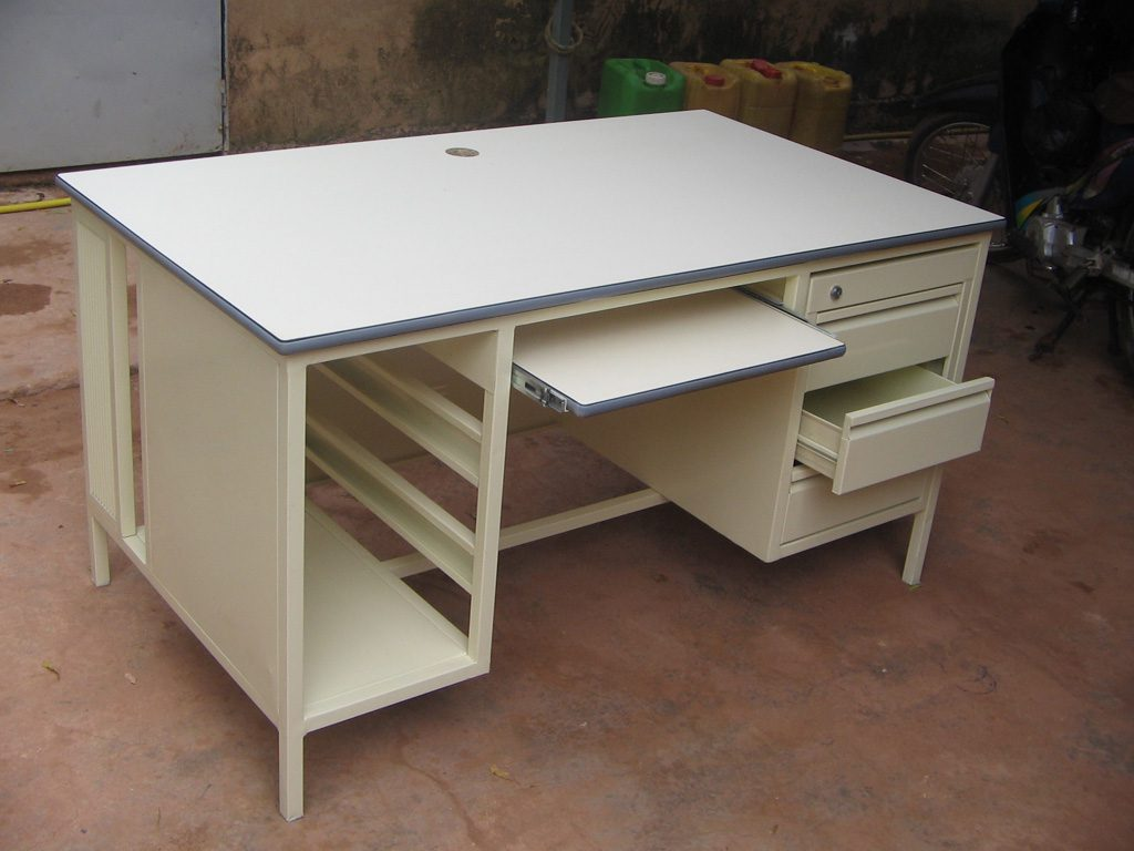 bureau-simple-14