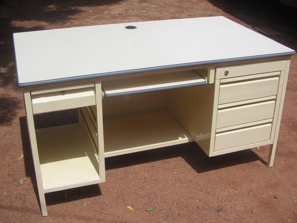 bureau-simple-34