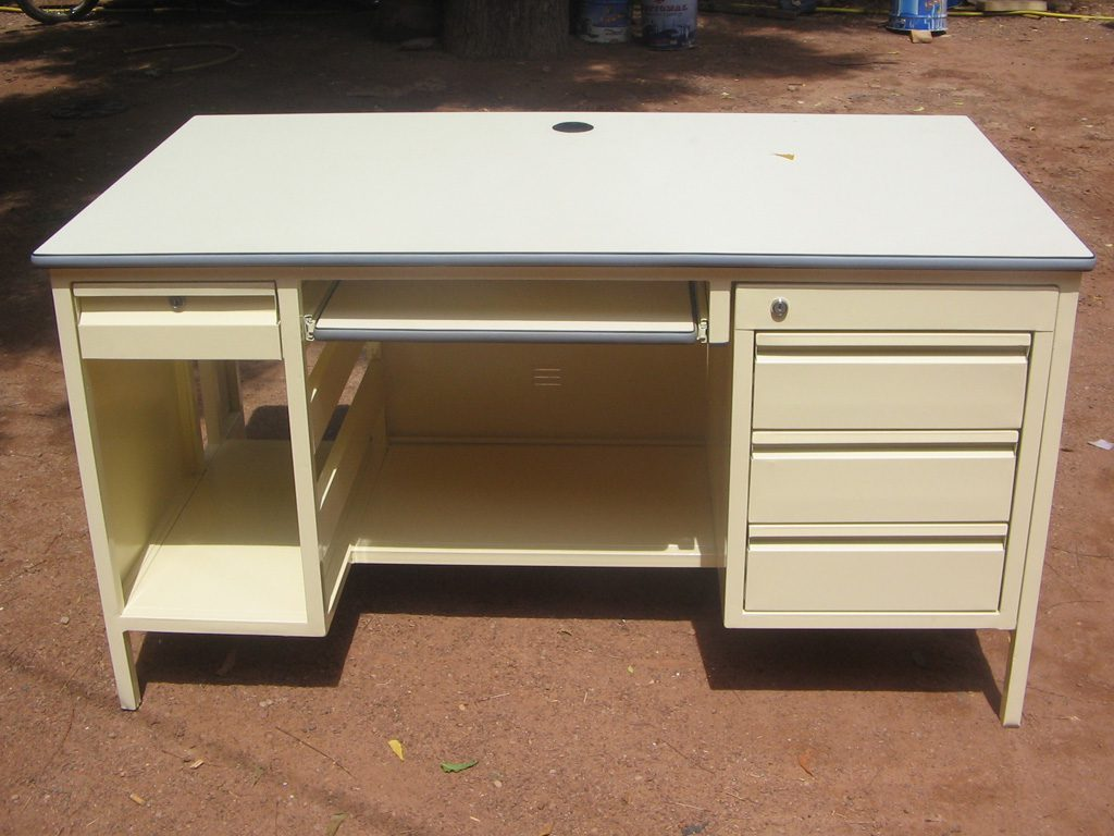 bureau-simple-43